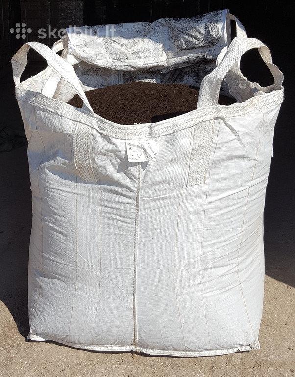 """Biohumusas 1000 litrų pakuotė + 1 l. """"AugiMAX"""" skystos trąšos dovanų vienam užsakymui"""